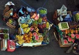 La Paz Fruit stand from Hotel roof S