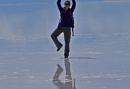 Nicole on Ice Uyuni w shadow Cr S