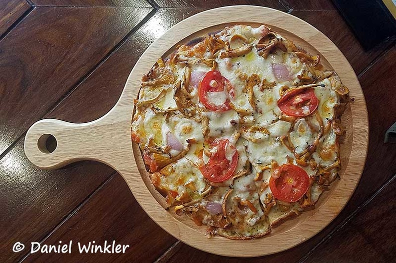 Chanterelle Pizza Thimphu DW Ms.jpg